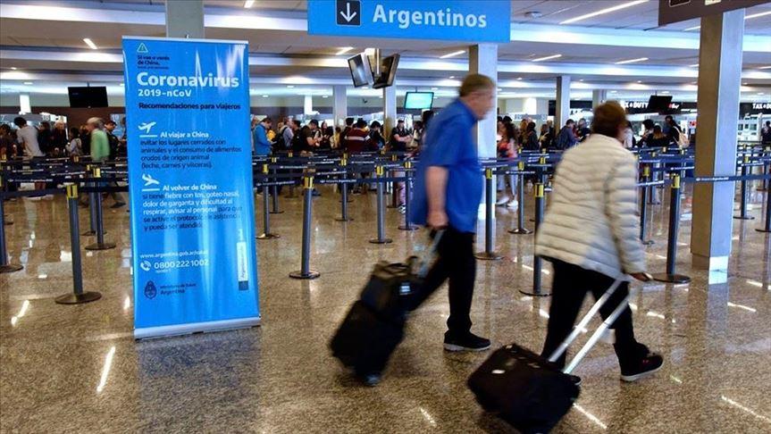 Estos son los 32 grupos de personas que podrán tomar vuelos regulares en Argentina