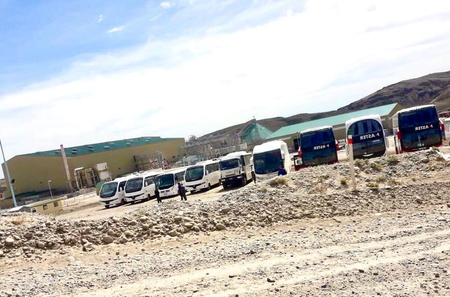 Tensión en Cerro Negro: la UTA  tiene atrapados a 1400 mineros que no pueden volver a sus casas