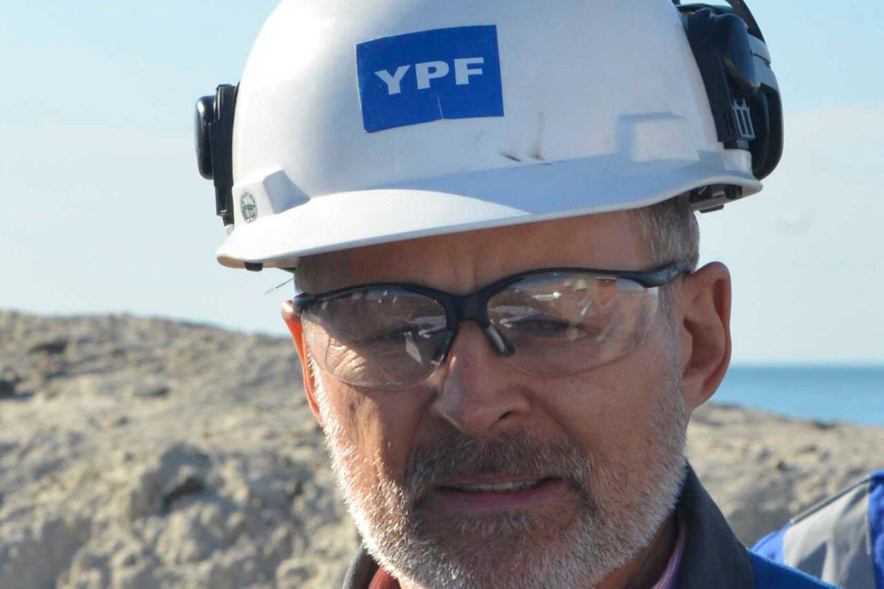 Alejandro Eloff, un Ypefiano de 30 años en la empresa, es el nuevo gerente de la regional sur de YPF